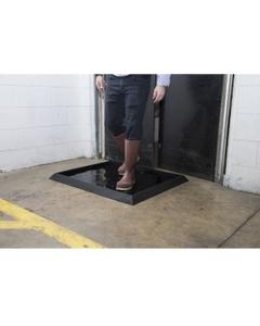 "39"" x 32"" Sani-Trax® Plus Black Rubber Sanitizing Mat"