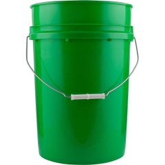 6 Gallon Green Plastic Pail with Metal Handle, UN Rated