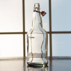 1 Liter (32 oz.) Clear Swing Top Beer Bottles, EZ Cap, 12/cs